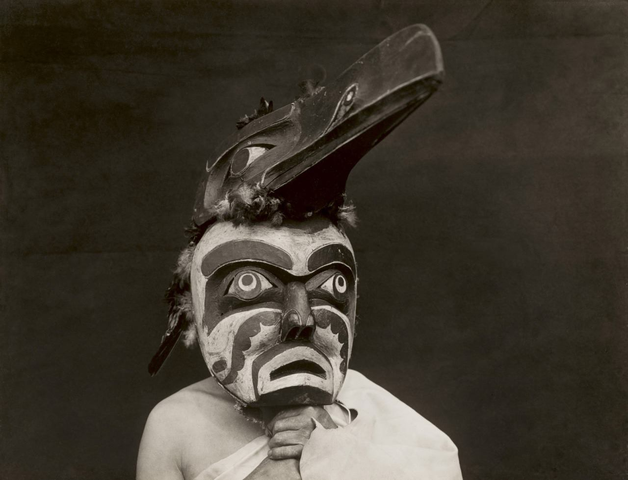 Edward S. Curtis - Untitled (Raven-ma) – Qagyuhl People , British Columbia, 1914