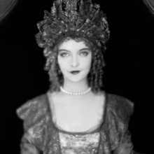 Lillian Gish som Annie Laurie, 1927.