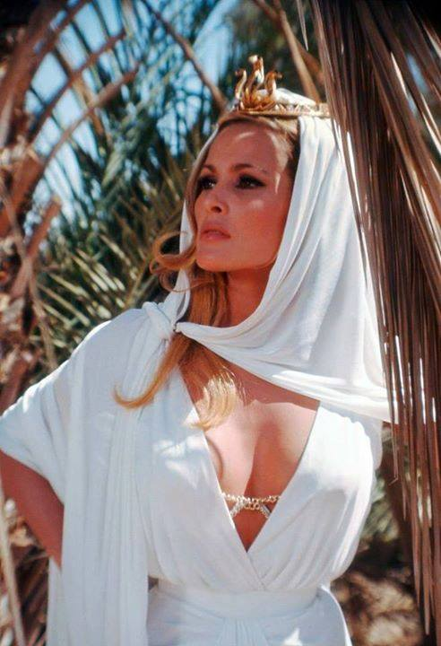 Ursula Andress, i She.