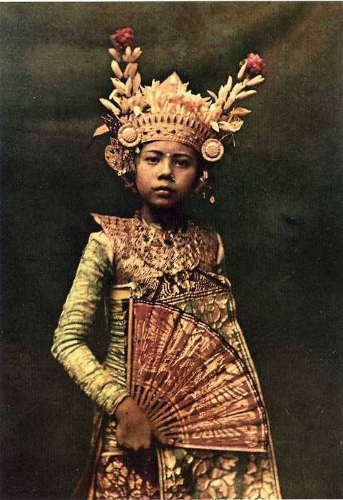 Franklin Knott, Nine-year-old dancer, Bali. Photographed on Autochrome., 1928, National Geographic Magazine