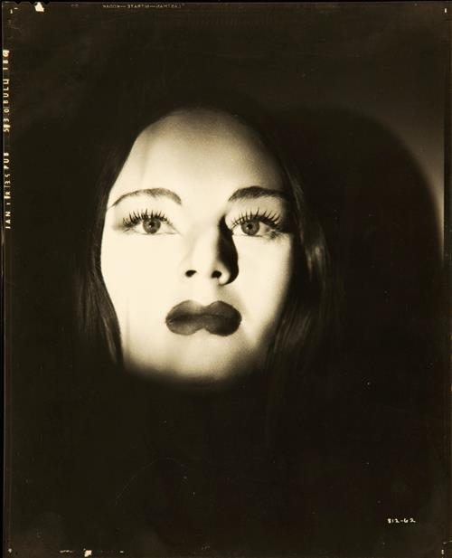 Carroll Borland in Tod Browning's The Mark of the Vampire